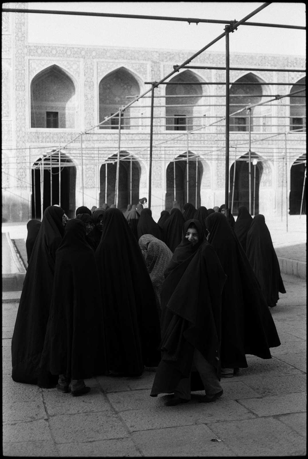 Isfahan2_10x16